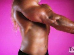 Muscular Female Bodybuilder Lisa Cross Topless Video