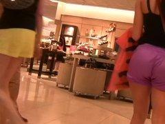 Mall Ass Babe 2