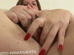 Jessica Jay masturbates in stockings, fingering herself deep