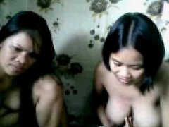 2 CHUBBY FILIPINA GIRLS SHOWING THEIR BOOBS NAKED ON CAM