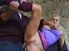 Blonde anal fuck with tampon in her pussy