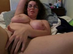 big tits and glasses webcam
