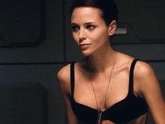 Cecile Breccia, Tanya van Graan - Starship Troopers 3