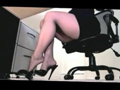 MISTRESS RANIA ( IN MY OFFICE)