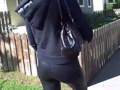 walking ass in leggings