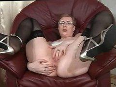 Wild Mature Masturbates (My Lovely Mommies 27)