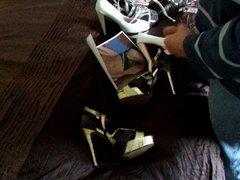 wank on her heels