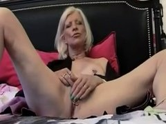 FRENCH MATURE  anal grannies moms with 2 younger men