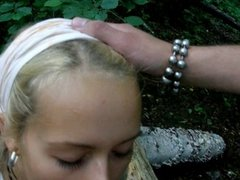 Amateur BlowJob in the Wood
