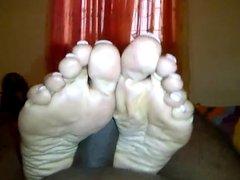 very mature Indian feet