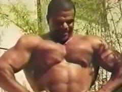 Brazilian Muscles & twink