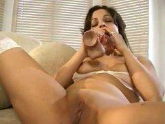Sexy Vixen Masturbates And Gets Her Pussy Wet