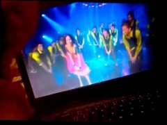 Kareena Halkat jawani tribute