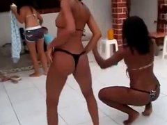 Brazil - Novinhas na praia 2