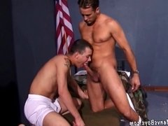 Horny sergeant gets the best of recruits butthole