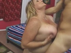 Freckled BBW get big cunt and tits fucked