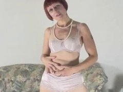 PENNY is a mature escort for your