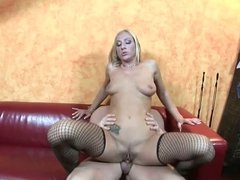 Autumn Bliss has sexy titties and pink clit