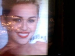 Miley Cyrus short hair cumshot