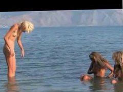 Nude girls St. Perburg