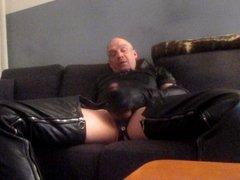 leather gloves wank 2