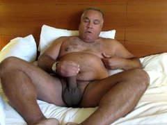 Daddy hot in bed