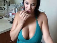 milf slut in bathroom
