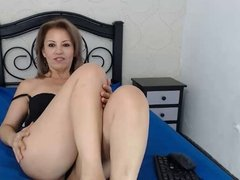 Colombian MILF Sexy Soles