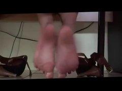 Asian girls pretty feet