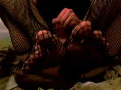 Cum on my sissy feet