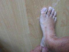 Big Cumload over my Foot