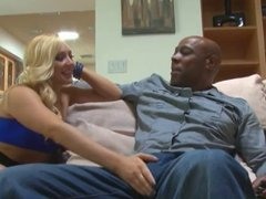 Hot Big Booty Blonde Fucks Her Delivery Guy