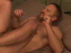flip flop fuck in bed