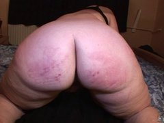 Mature fat ass mom fucked without a condom