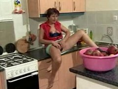 German Granny in the Kitchen R20