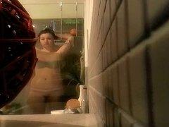 Hidden cam tennants teen daughter spray tanned in the shower