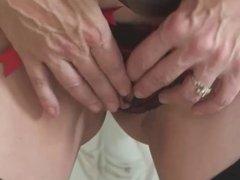 MILF Slut Solo Masturbation... IT4REBORN