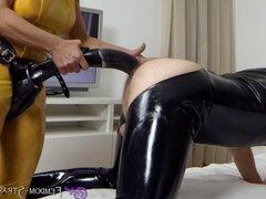 Mistress Angelina strapon fucks sub with cock-Dildo