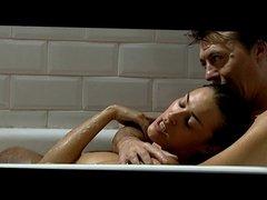 Maria Almudever desnuda en Cien maneras de acabar con..