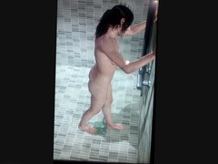 Ellen Page - Shower Scene (uncensored)