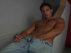 Muscle guy stroking