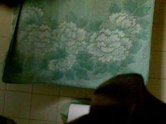 spy big butt girl in bathroon