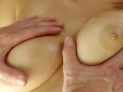 FUCKING HOT - MASSAGE FUCK