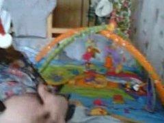 Madura y joven madre lesbiana en cam