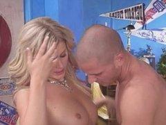 Lacie Heart con su profesor privado