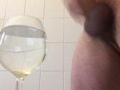 In ein glas abgespritzt! Cum in a glass!