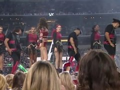 Selena Gomez sexy live performance HD - Slow Down
