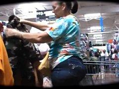 Big Butt Matures Shopping - 5