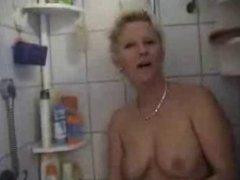 Amateur blonde blowjob MILF
