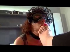 mistress use amateur lesbian feet slave